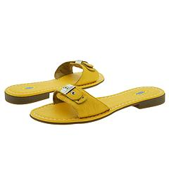 Dr. Scholl's Flat Out   Yellow   Manolo Likes for the Beach!  Click!