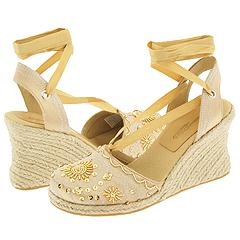Gizmo from Somethin' Else by Skechers     Manolo Likes!  Click!