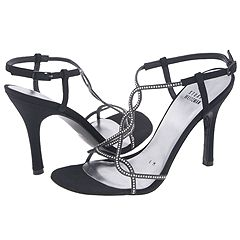 Twistee by Stuart Weitzman   Manolo Likes!  Click!