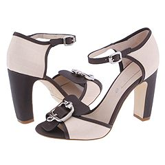 Ankle Strap Pumps from Celine    Manolo Likes!  Click!