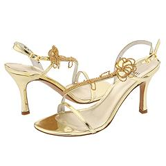 Orchid from Stuart Weitzman     Manolo Likes!  Click!