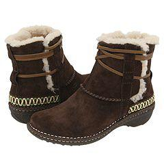 Cove by Ugg   Manolo Likes!  Click!
