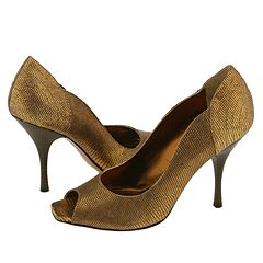 Holman by Isabella Fiore    Manolo Likes!  Click!