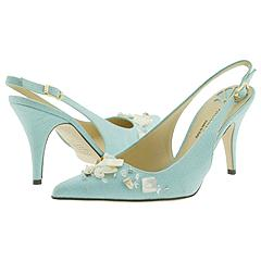 Marissa from Hollywould     Manolo Likes!  Click!