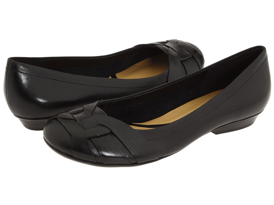 Wide Width Flat Dress Shoes