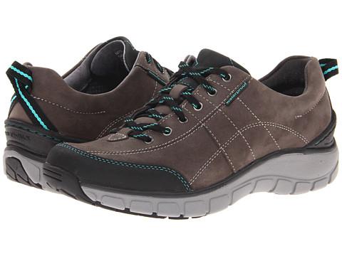 Clarks Wave Trek Shoes Reviews