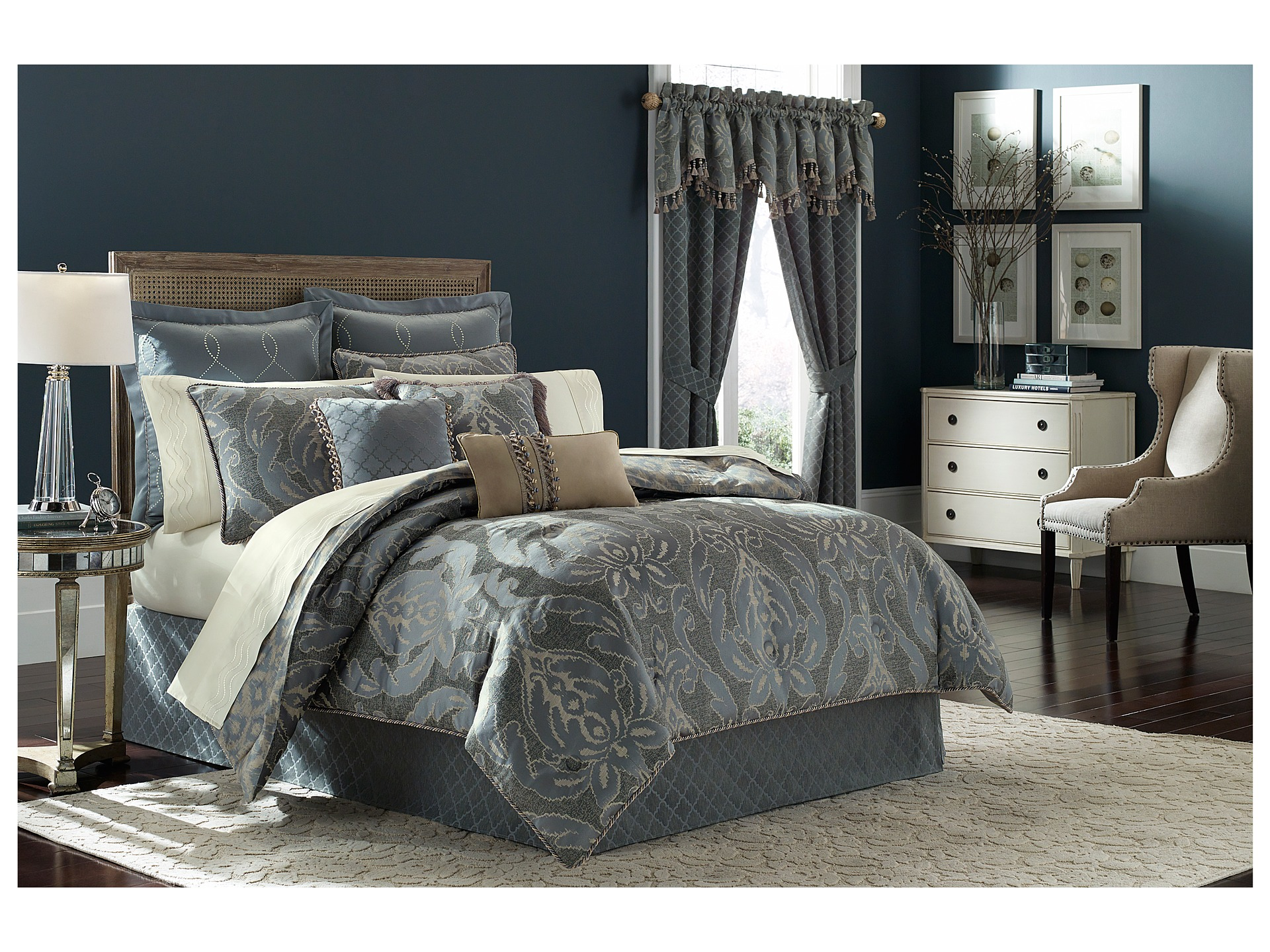 croscill chantal king comforter set shipped free at zappos. Black Bedroom Furniture Sets. Home Design Ideas