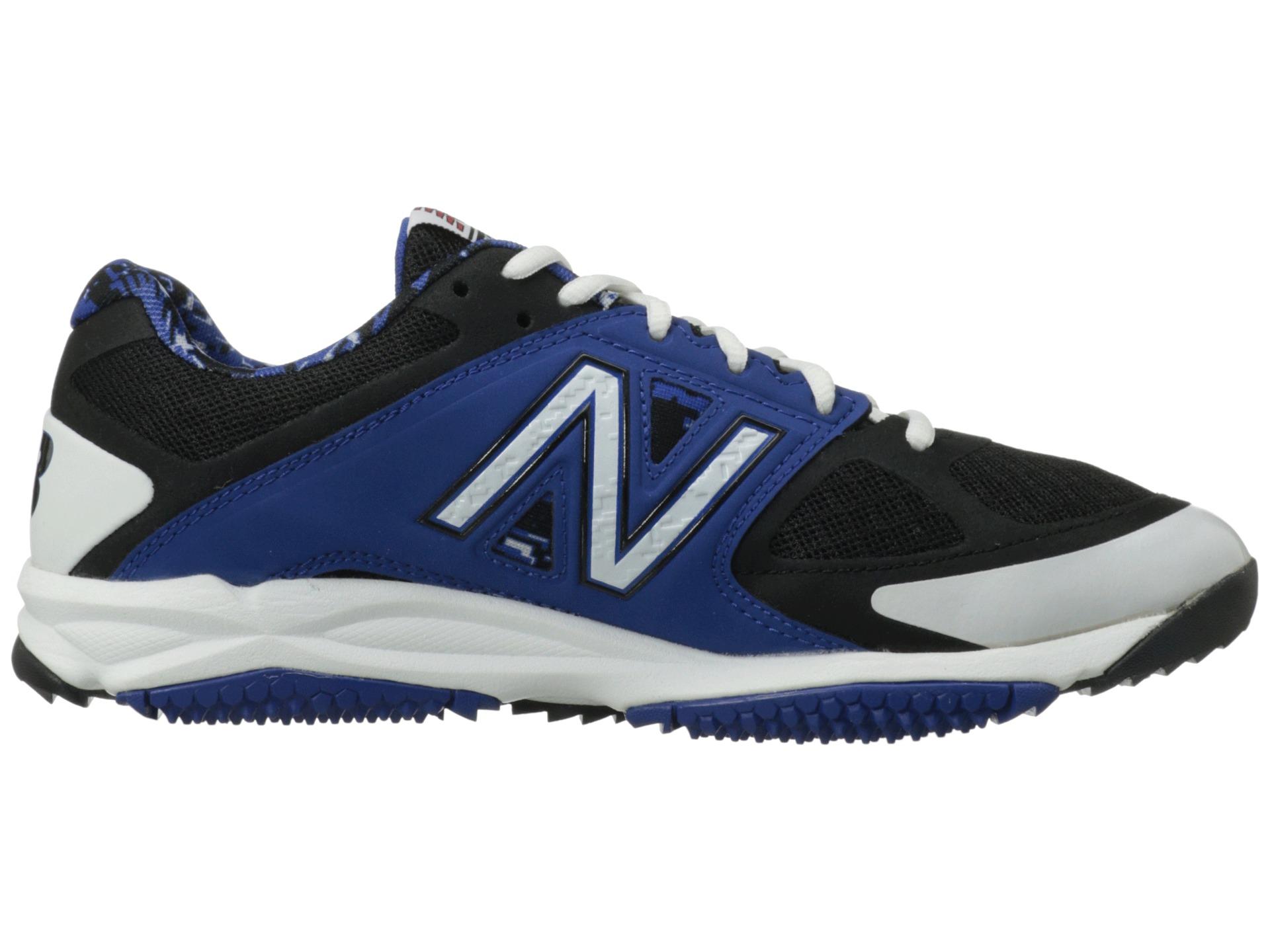 Wide New Balance Turf Shoes
