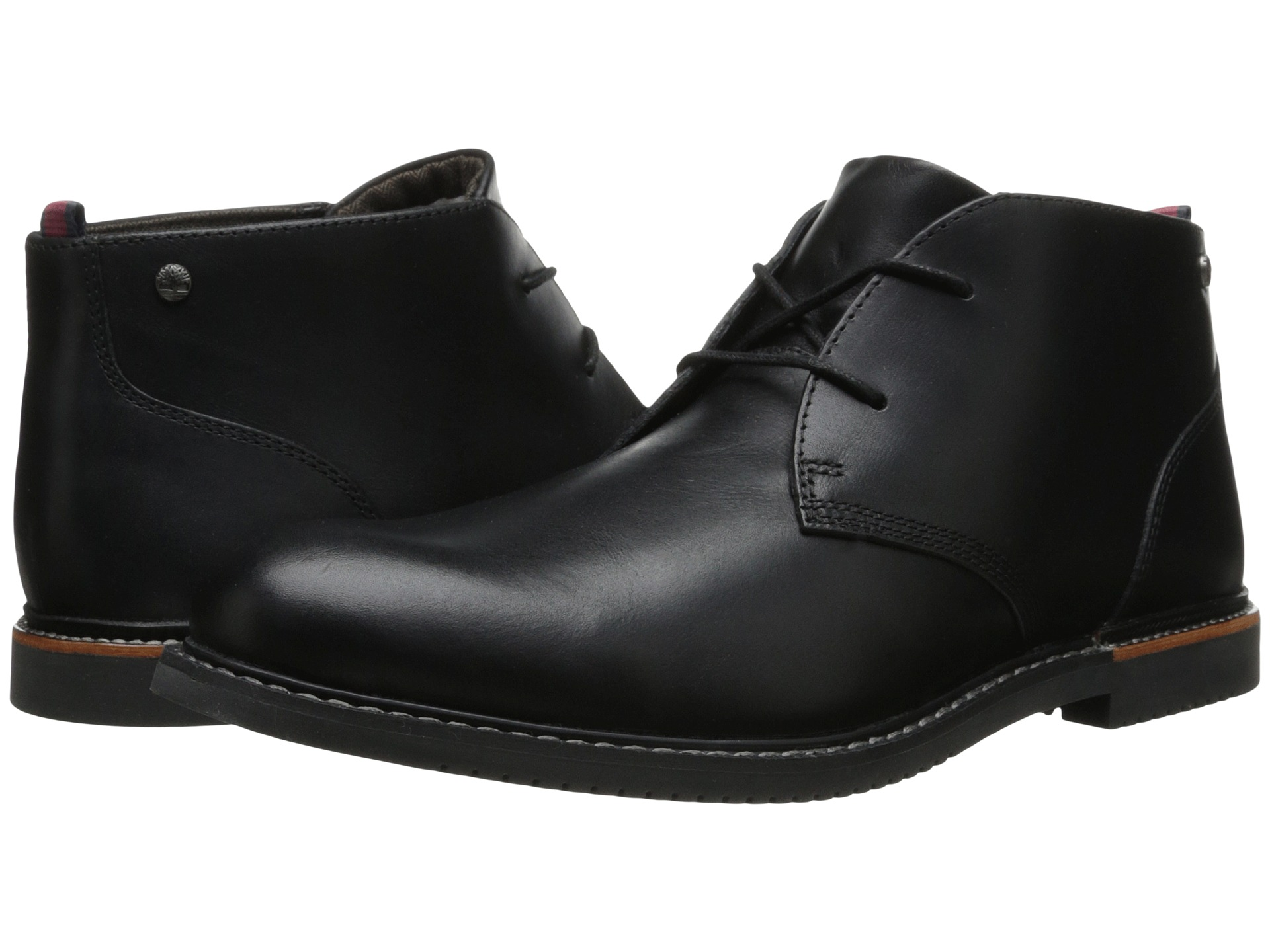 Timberland Earthkeepers(r) Brook Park Chukka (Black Smooth) Men's Lace-up Boots Keep it easy and classy in the Earthkeepers Brook Park Chukka from Timberland. Full grain leather upper.