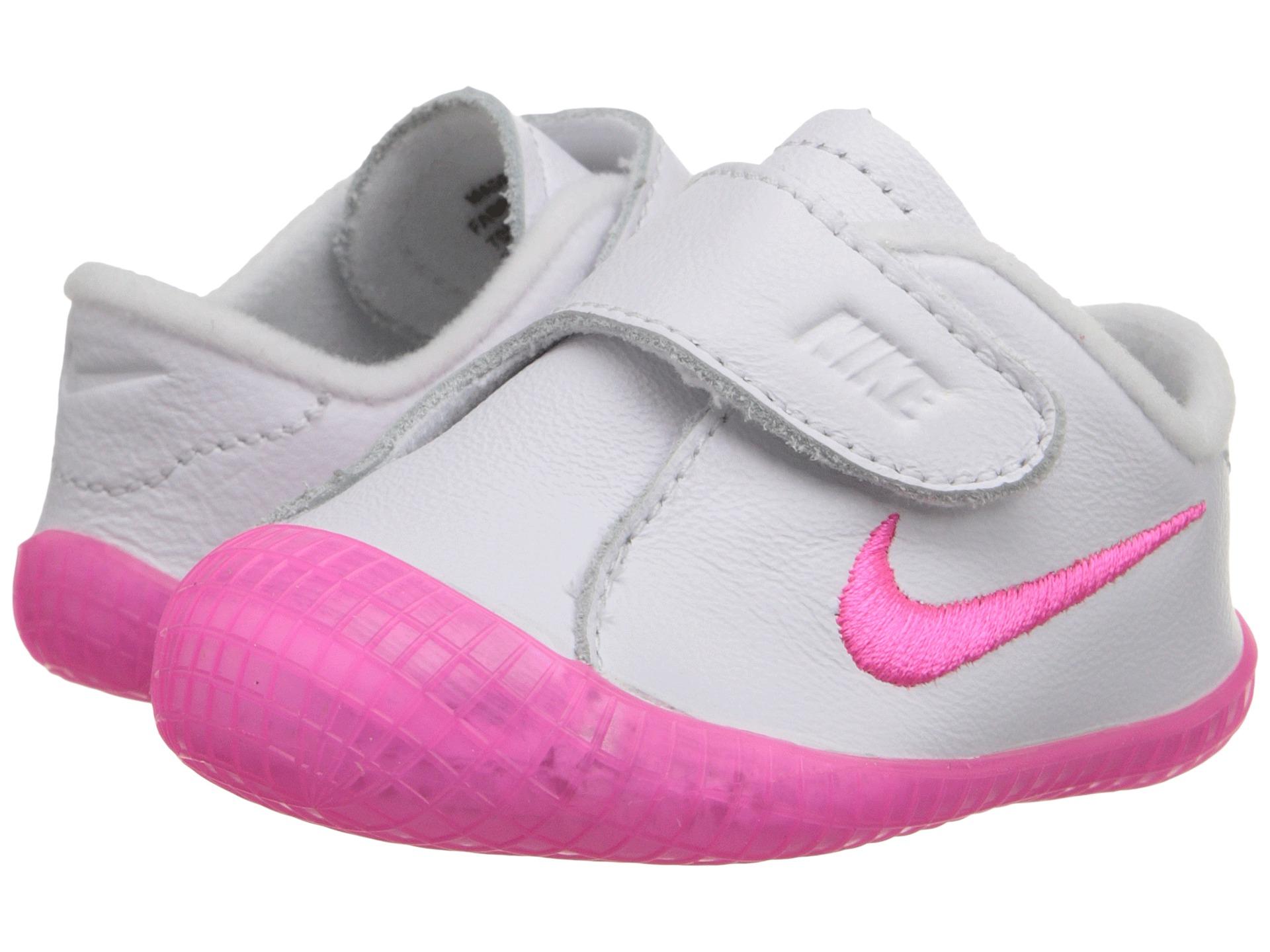 sports shoes 65b3c b9107 Nike Free Waffle Ac Leather Shoes Womens   Quandary