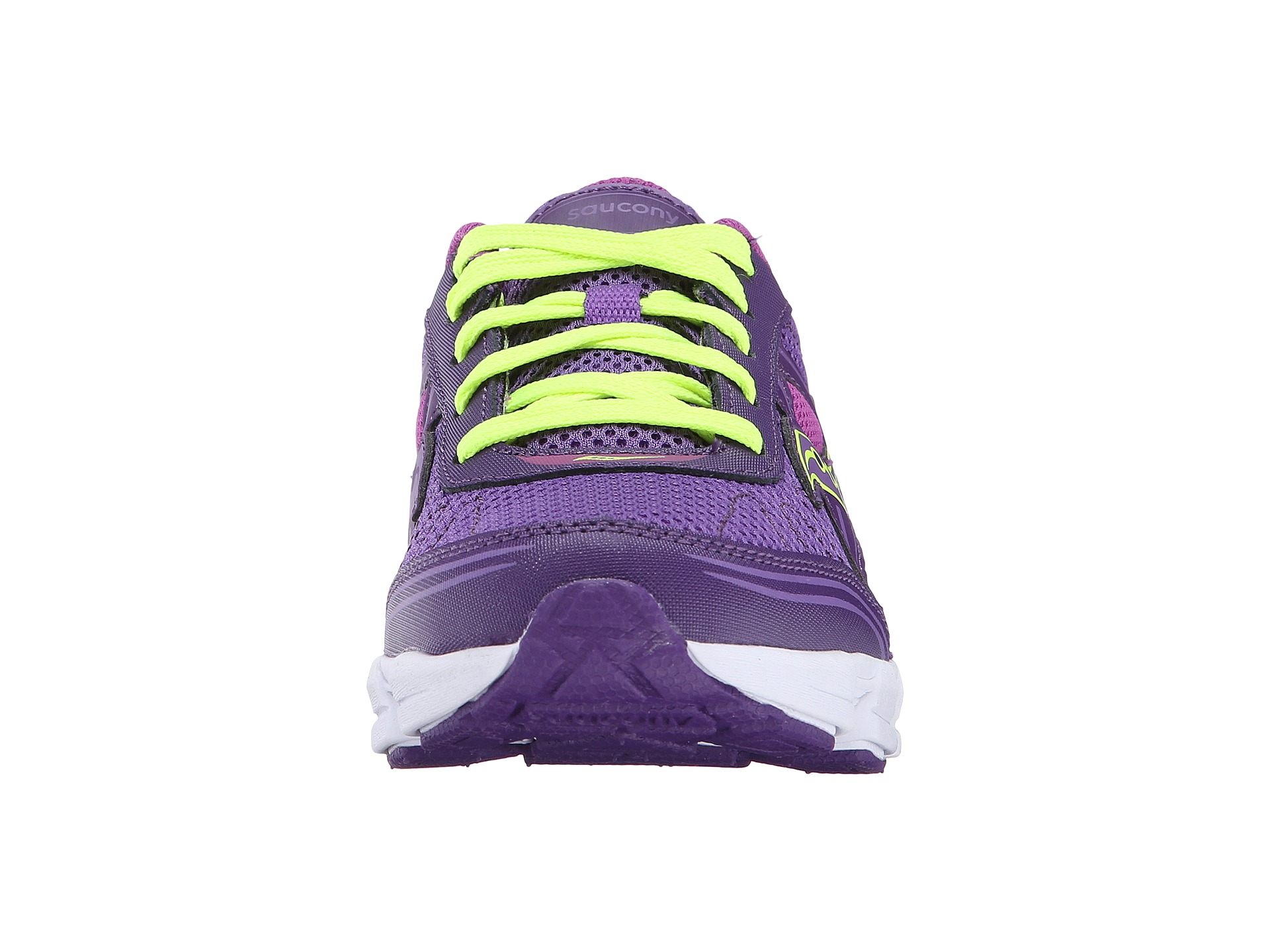 do saucony kids shoes run small