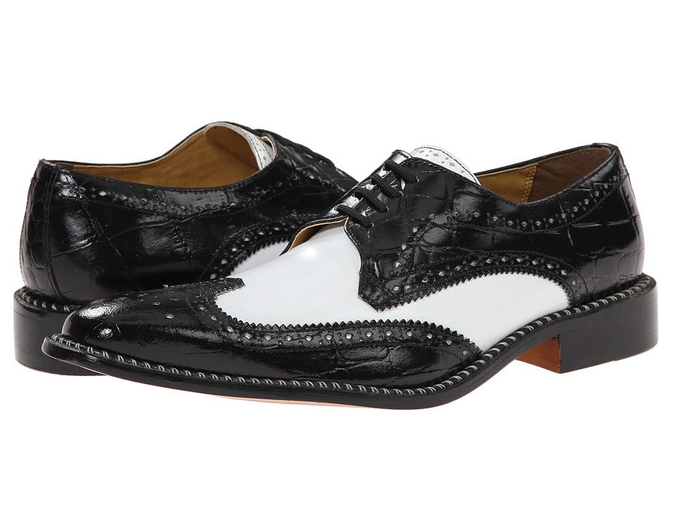 Tennis Shoes Bergen