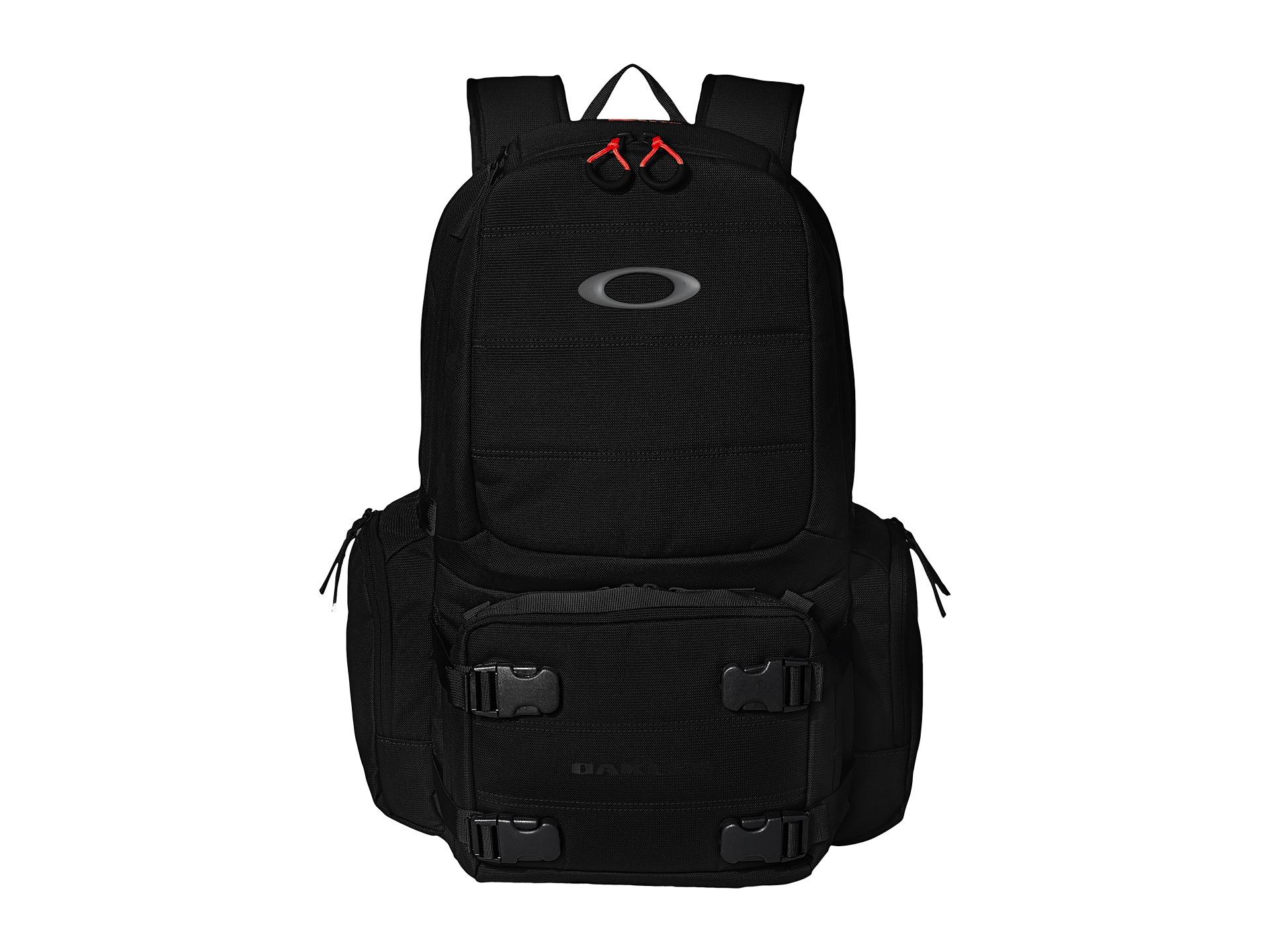 e4aa4c0364b Oakley Range Bags