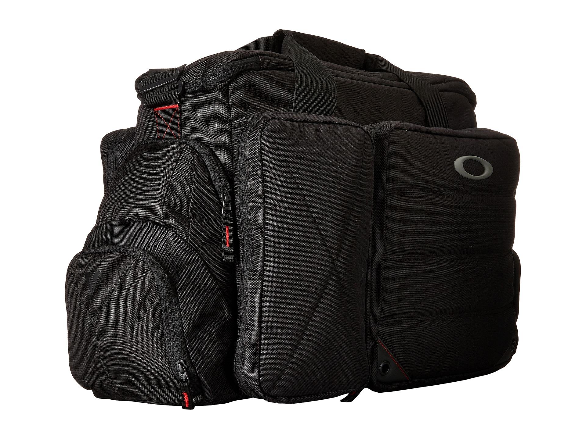 b427468749c8b Oakley Breach Bag