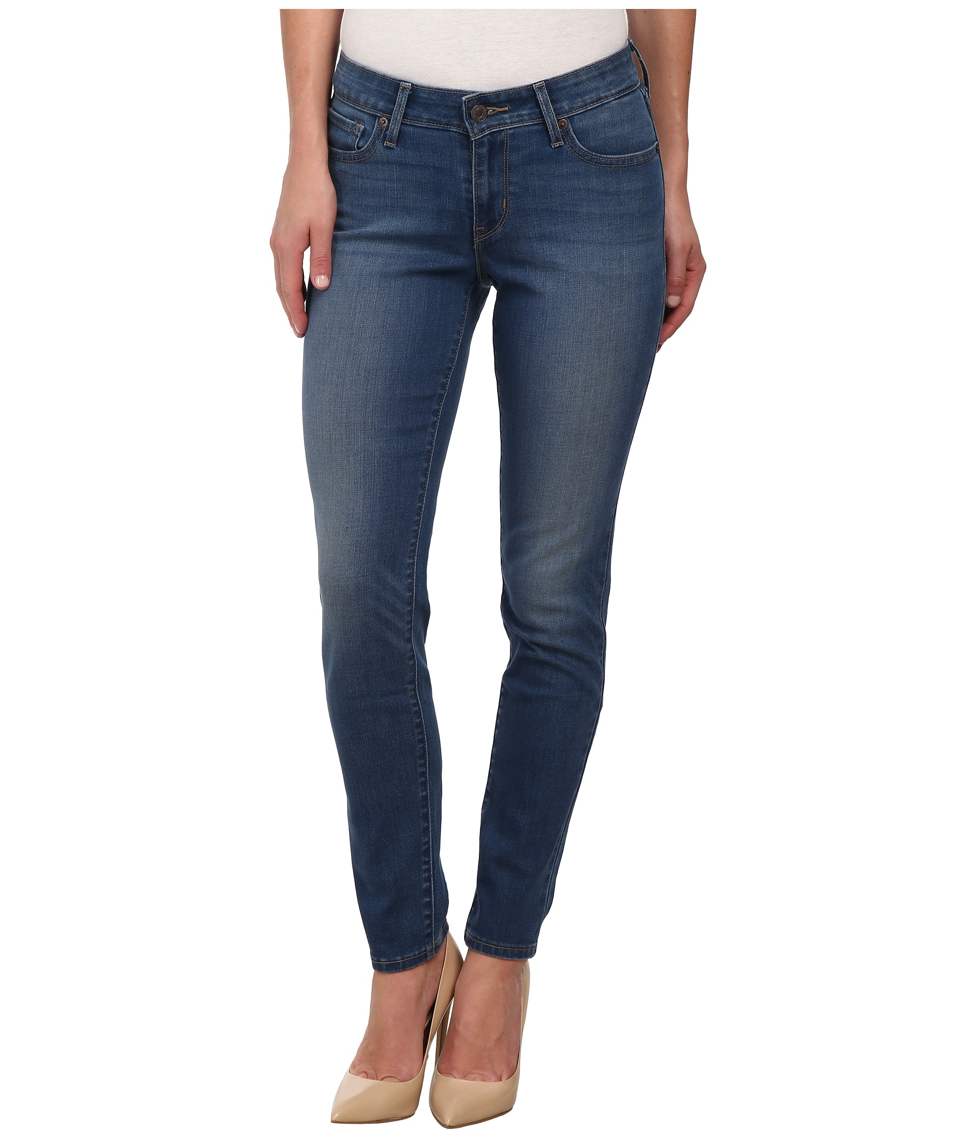 THE FIT: High-rise, high stretch denim with a super skinny leg and slim fit through thigh and leg USERS SAID: