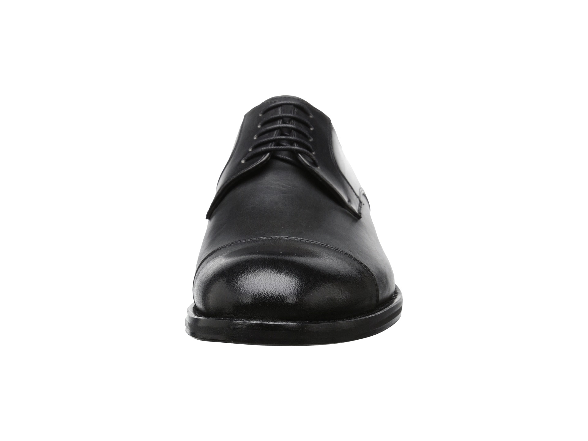 Kenneth Cole New York Travel Guide Shoe