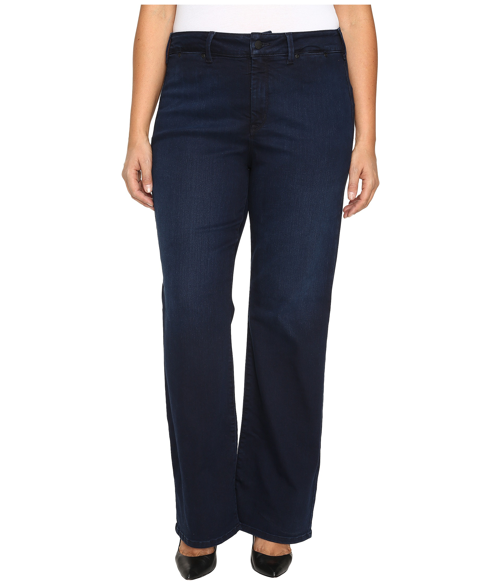 Plus Size Trousers/Jeans (76) With the latest trends and curve-flattering cuts, our range of plus size trousers and jeans are a curvy girl's dream. Shop our collection for different colours and styles of jeans, trousers, culottes, leggings and jeggings, all expertly designed to flatter the curvy girl, in sizes