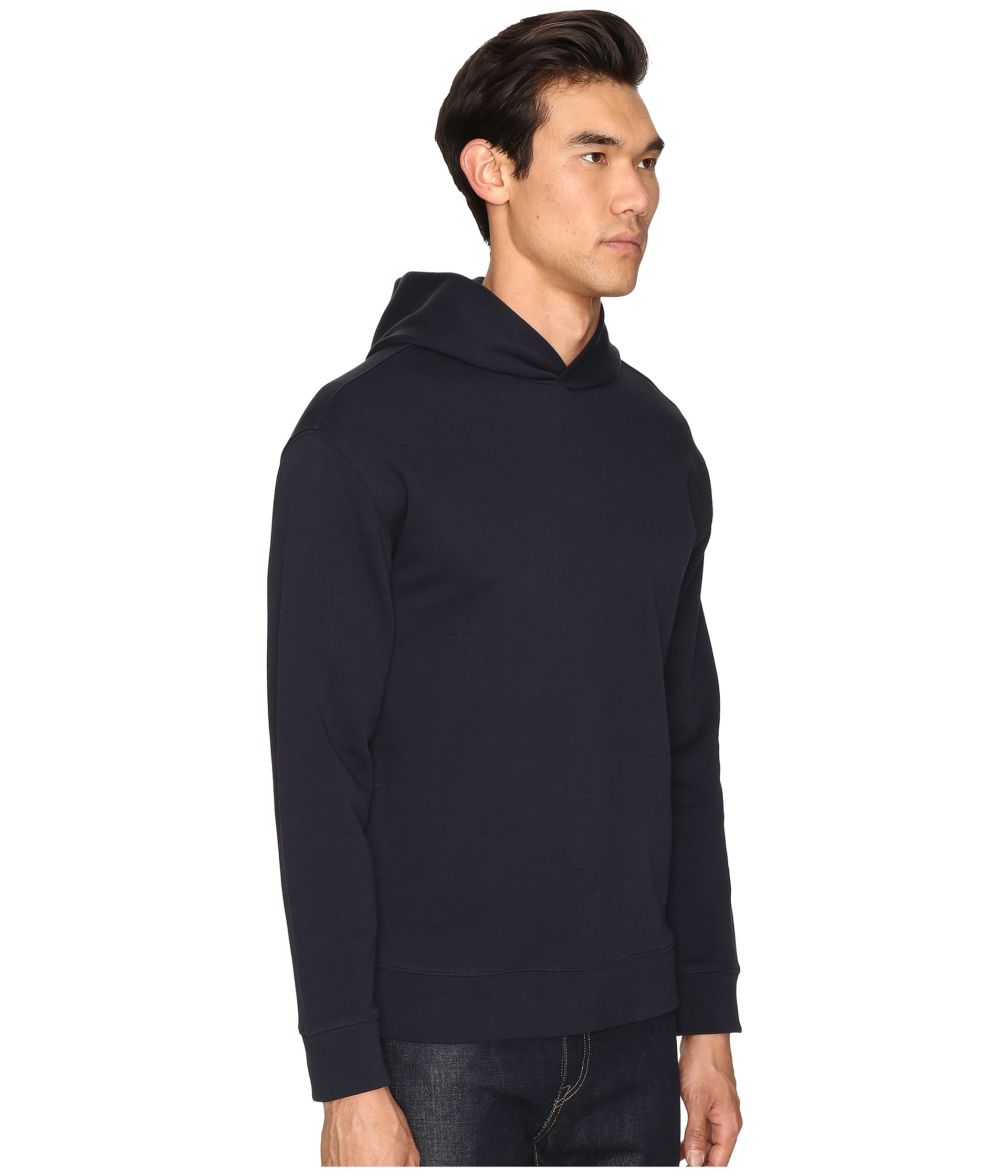 The hoodie also includes a bungee cord adjuster hood and hem, along with cuffs with thumb holes. Inside, the zip hoodie has a soft lining and is finished with a Superdry Mountain patch on one sleeve a.