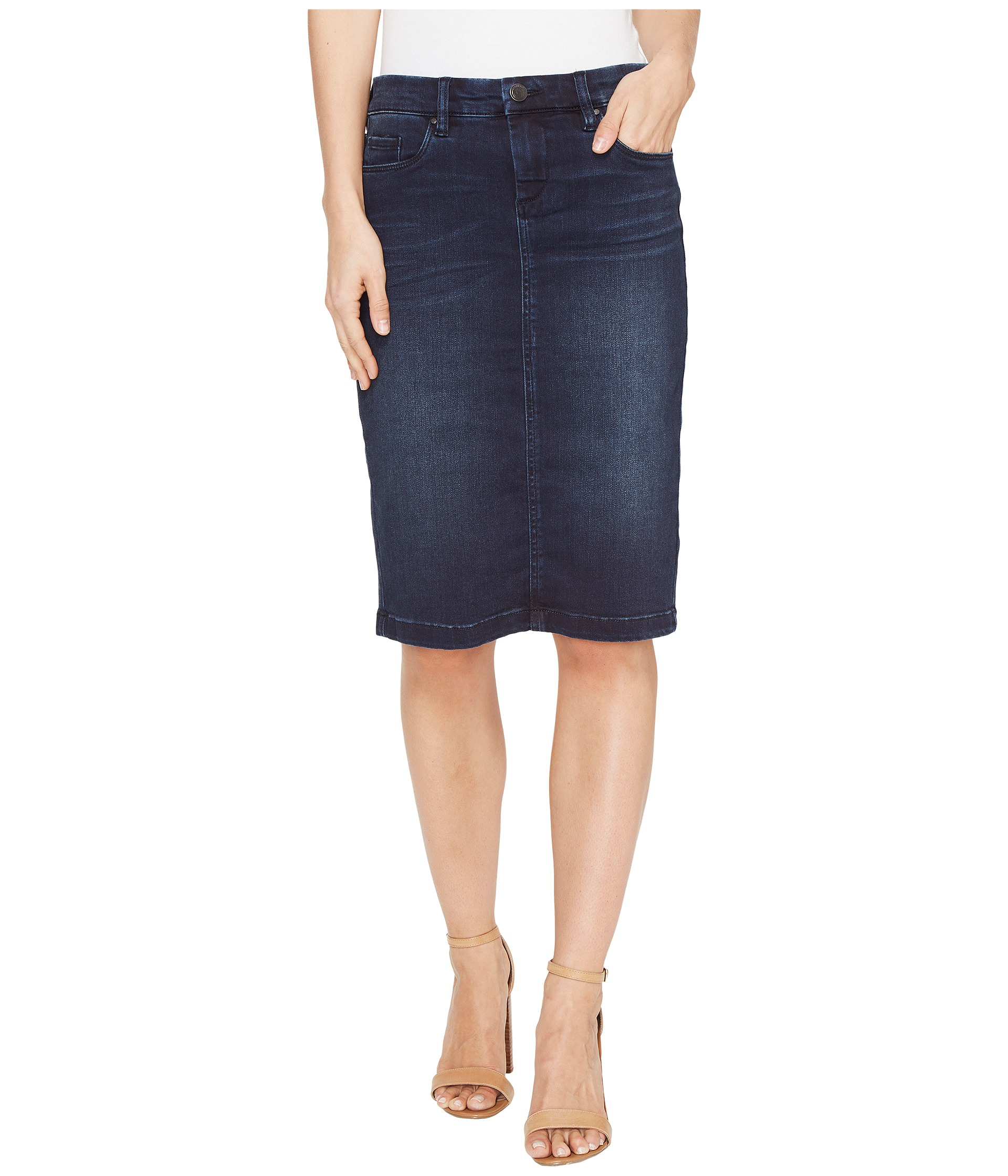 Find a great selection of BLANKNYC clothing for women at steam-key.gq Shop for jeans, shorts, skirts and more. Totally free shipping and returns.